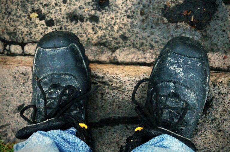 Buty robocze – oddychające, wygodne i bezpieczne